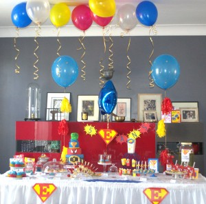 Anniversaire super-héros sweet table