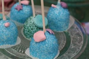Pop cakes thème anniversaire Ariel la petite sirène