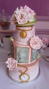 design cake vintage alice au pays des merveilles
