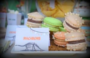 Macarons thème dinosaures