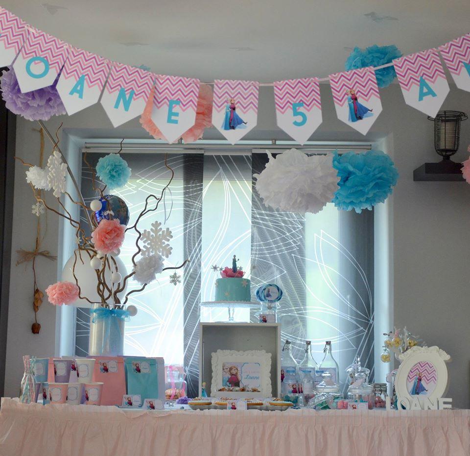 d coration de salle anniversaire organisation baby shower anniversaire enfants et bapt me. Black Bedroom Furniture Sets. Home Design Ideas