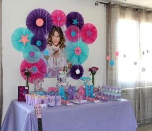 Jeux anniversaire enfant thème Violetta