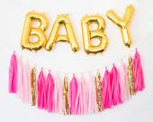 décorations ballons lettres avec tassels