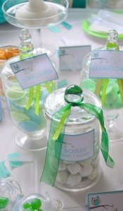 Baby shower vert hibou sweet table