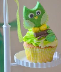 Baby shower vert hibou cupcakes hibou