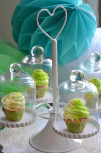 Baby shower vert hibou cupcakes thème hibou