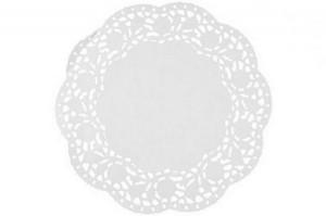 napperons en papier blanc