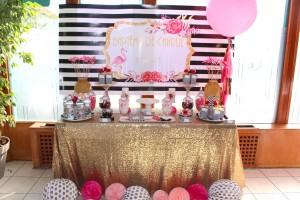 Baptême flamingo  sweet table et candy bar rose et noir