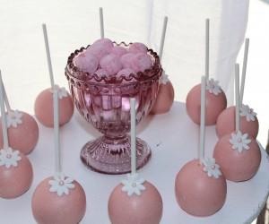 Fête de naissance rose pop cakes rose et blanc