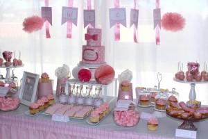 Fête de naissance rose  décoration de table design cake