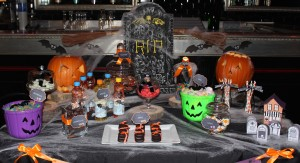 Sweet table halloween candy bar et sweet table