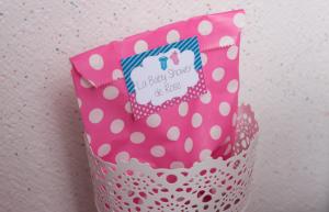 Baby shower fuschia et turquoise cadeaux invités