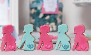 Baby shower fuschia et turquoise sablés rose et bleu