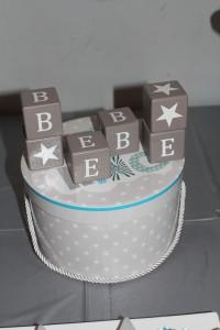anniversaire thème étoiles centre de table cube prénom