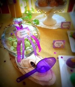 Premier anniversaire et baptême Fée Clochette candy bar vert
