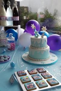 un anniversaire Reine des Neiges design cake