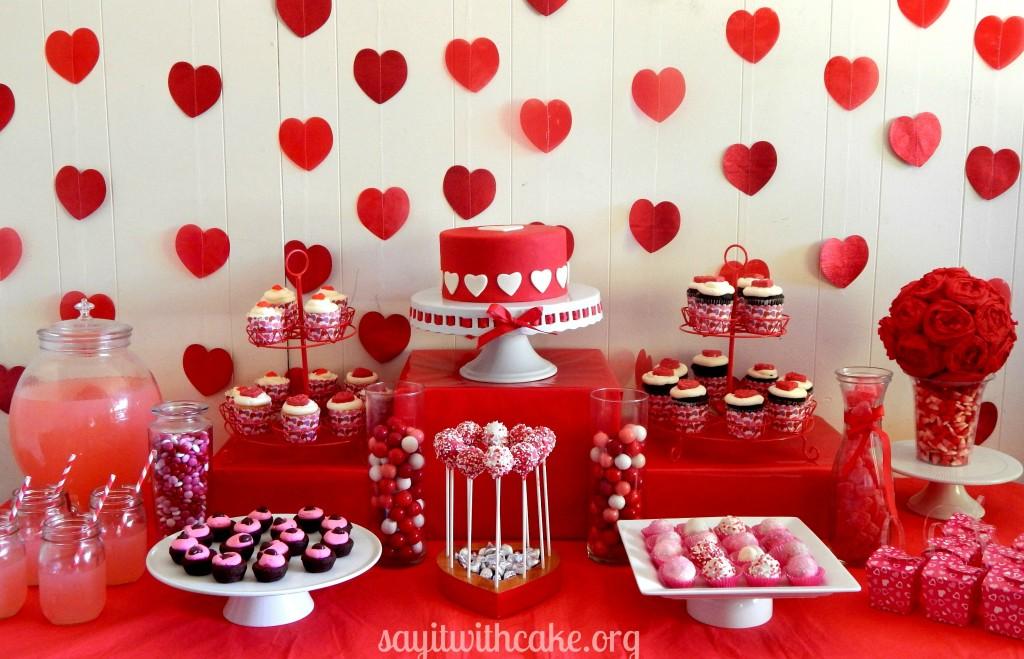 D corations de tables saint valentin organisation baby - Decoration table st valentin ...