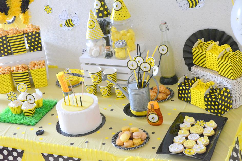un anniversaire abeilles en jaune et noir organiser. Black Bedroom Furniture Sets. Home Design Ideas