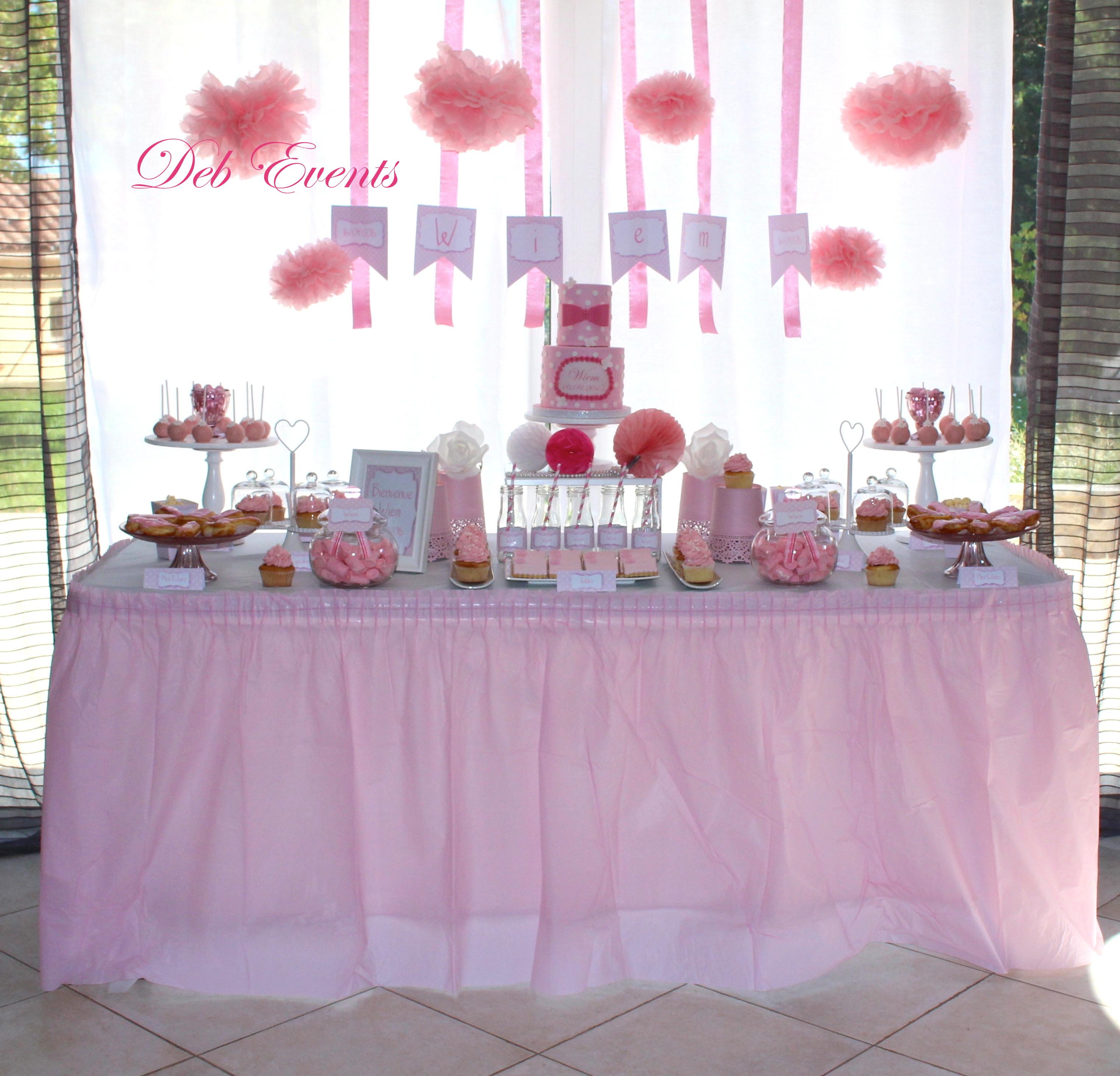 fête de naissance rose et blanc